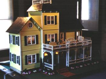 Pop S Dollhouse